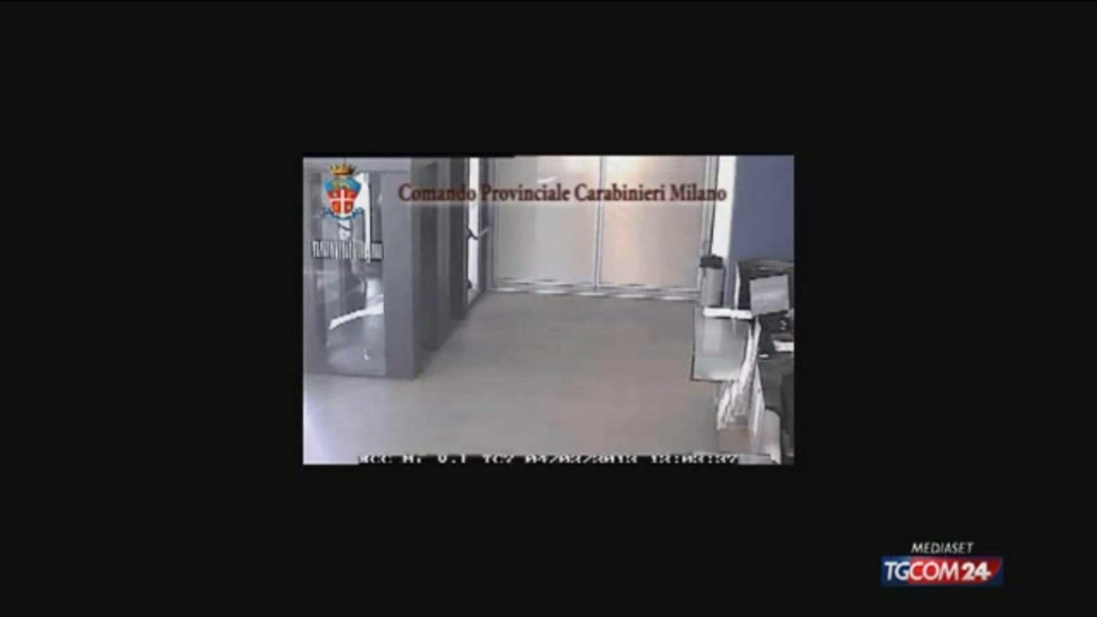 Video tgcom24 rapina in banca a milano ultimi arrivi for Aste giudiziarie milano ultimi arrivi