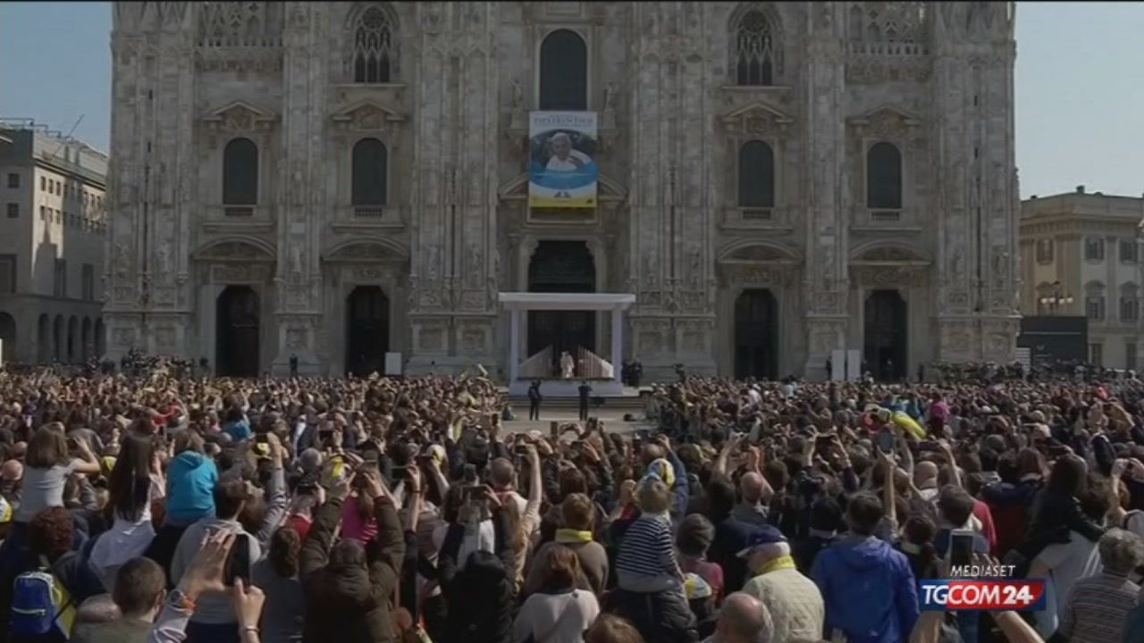 Video tgcom24 l 39 angelus di papa francesco a milano for Aste giudiziarie milano ultimi arrivi