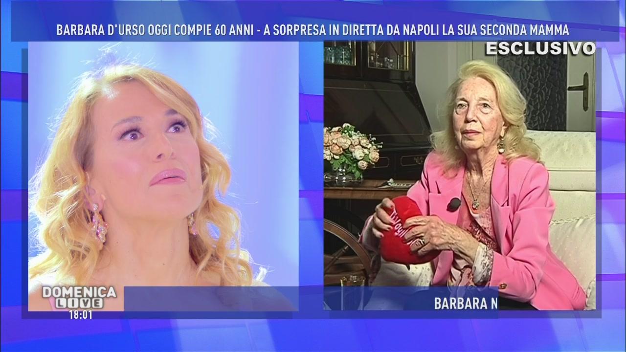 Molto Video Domenica Live: Una sorpresa per Barbara - INTERVISTE  VQ26