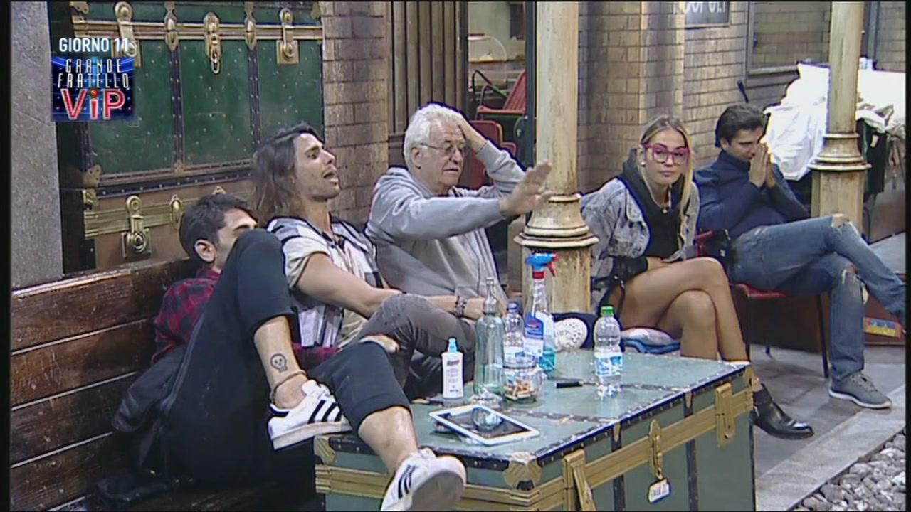 Giorno 11, Canale 5