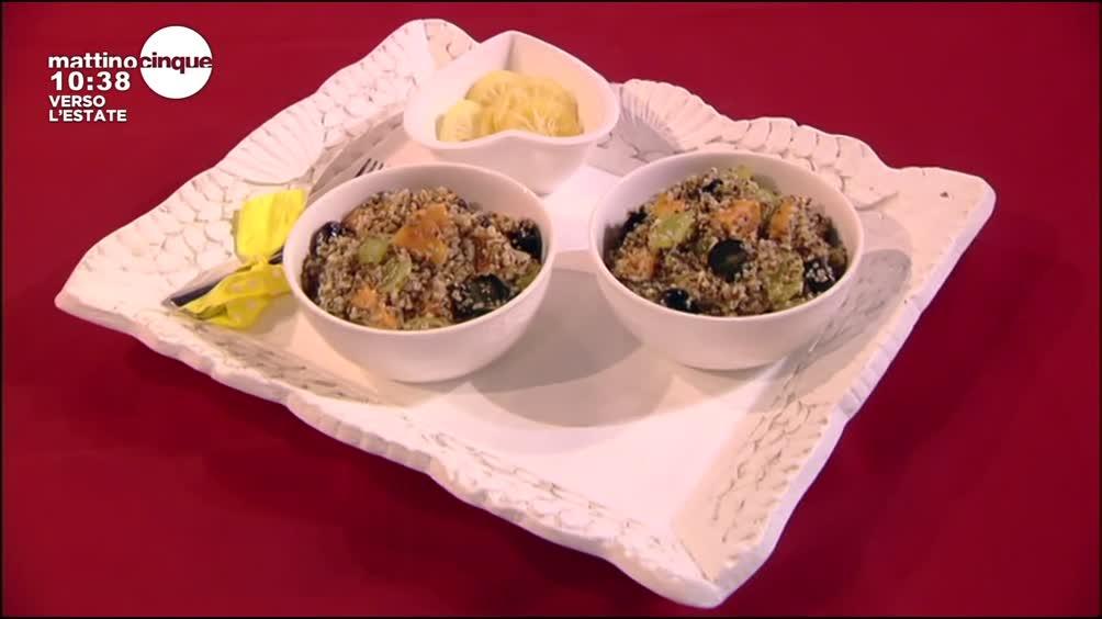 Insalata di quinoa e frutta