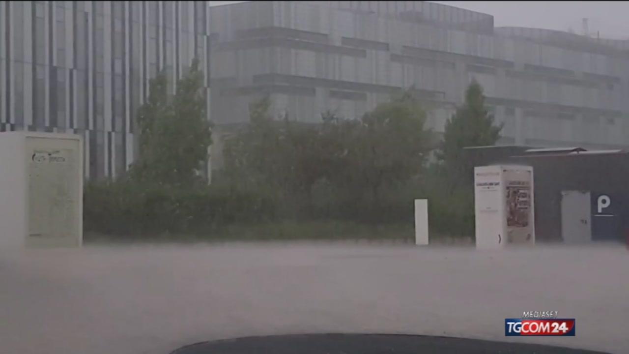 Video tgcom24 milano violento nubifragio nella mattinata for Aste giudiziarie milano ultimi arrivi