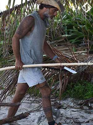 #Isola: naufraghi con o contro Raz?