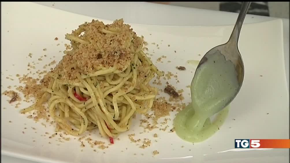 Spaghettoni al finocchietto con bottarga