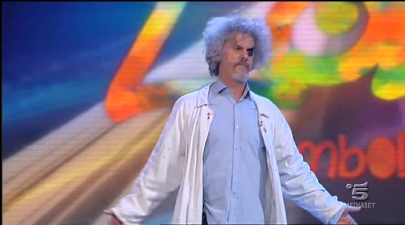 Video Zelig: Paolo Mingone - SKETCH | MEDIASET ON DEMAND