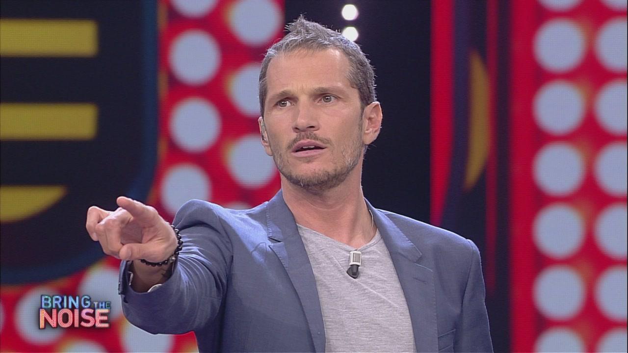 Video bring the noise il gioco delle sigle clip mediaset on demand - Gioco da tavola bring the noise ...