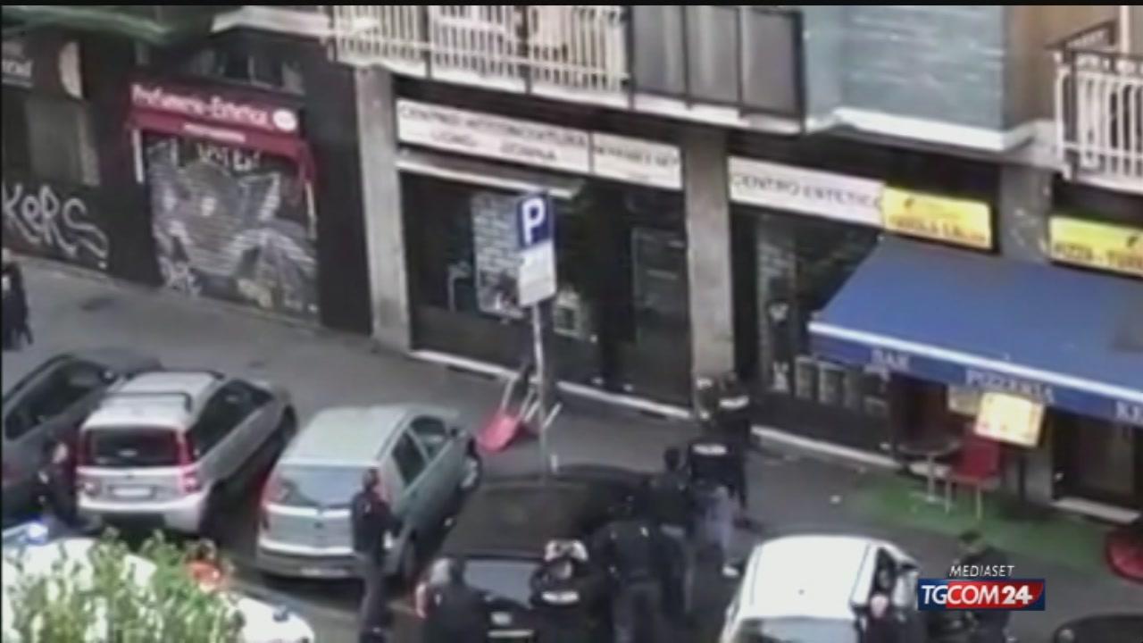 Video tgcom24 milano minaccia i passanti armato di for Aste giudiziarie milano ultimi arrivi