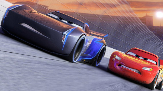 """""""Cars 3"""": Saetta McQueen di nuovo in pista!"""