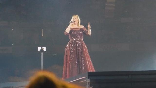 """Adele: """"È uno show musicale"""""""