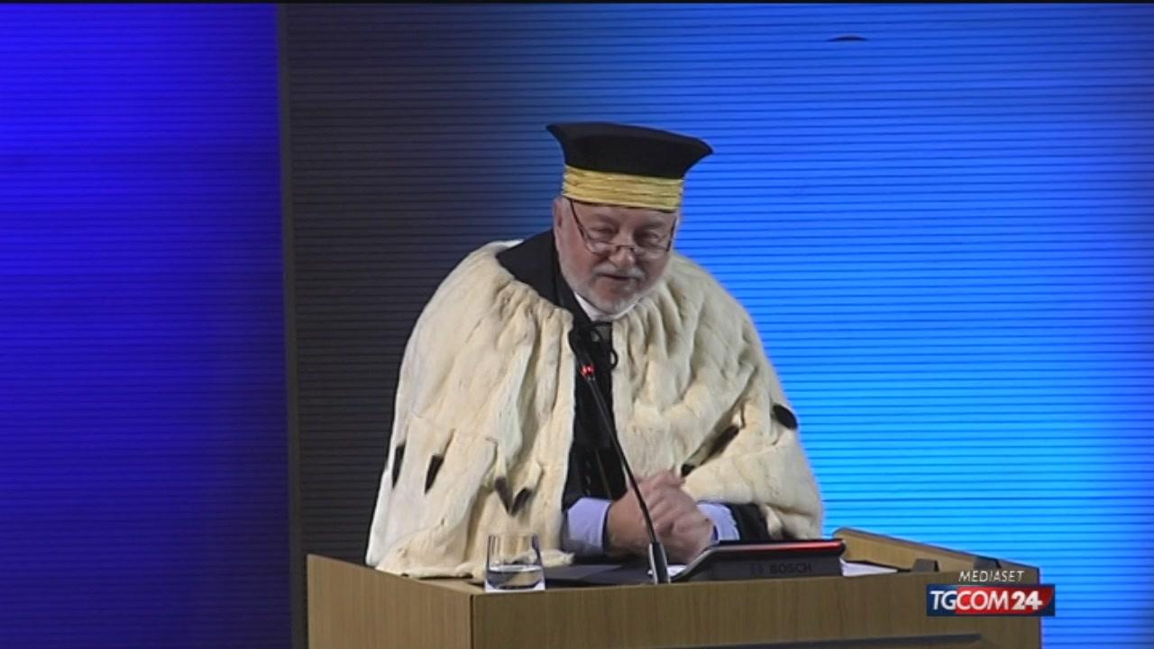 Video tgcom24 milano aperto l 39 anno accademico allo iulm for Aste giudiziarie milano ultimi arrivi