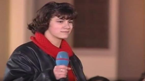 """Elisa a 15 anni al """"Karaoke"""" di Fiorello"""