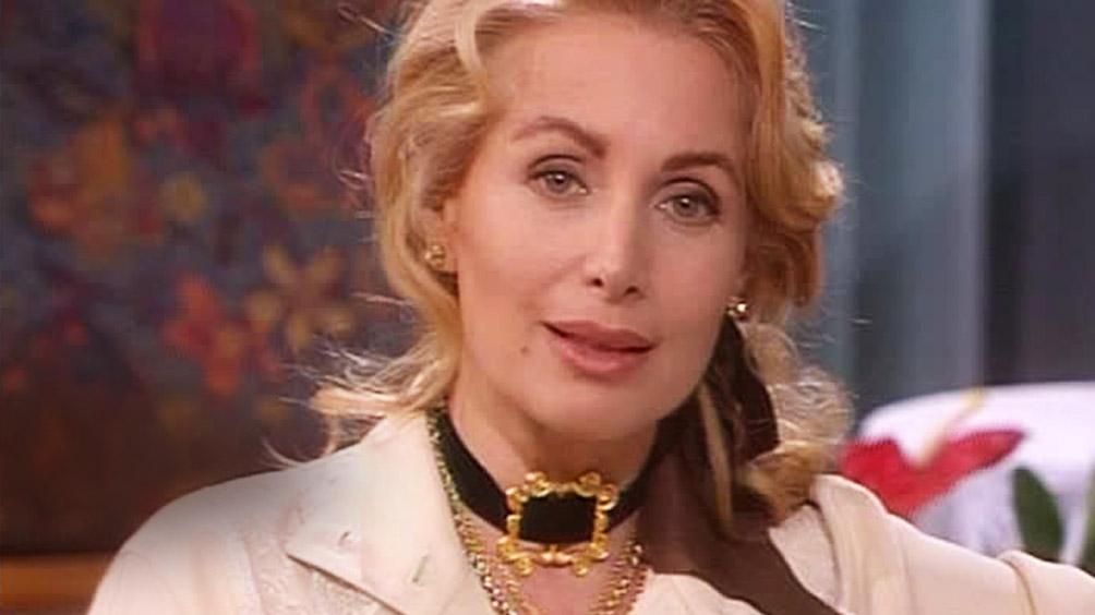 Marta Flavi: Video Agenzia Matrimoniale